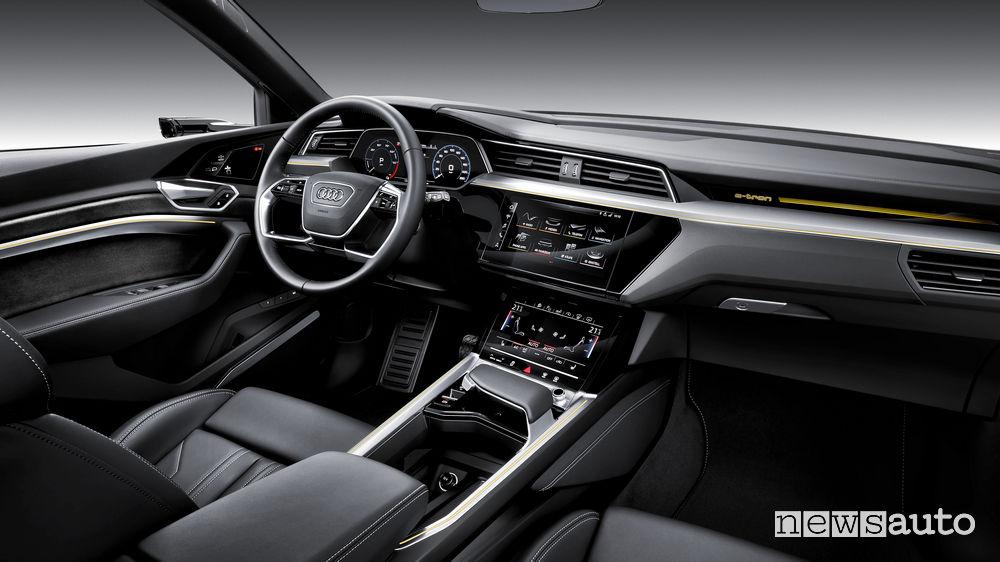 Audi e-tron, abitacolo