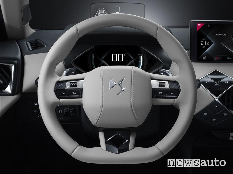 DS_3 Crossback E-Tense, volante