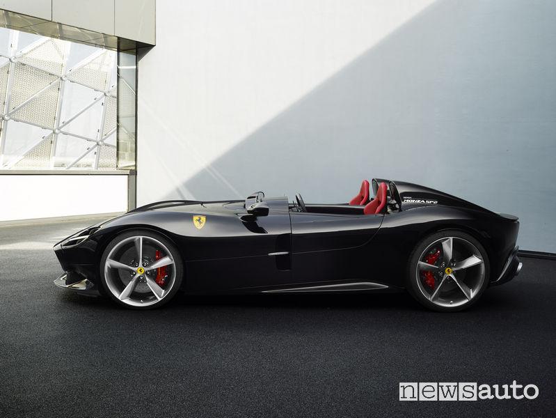 Ferrari_Monza SP2, laterale