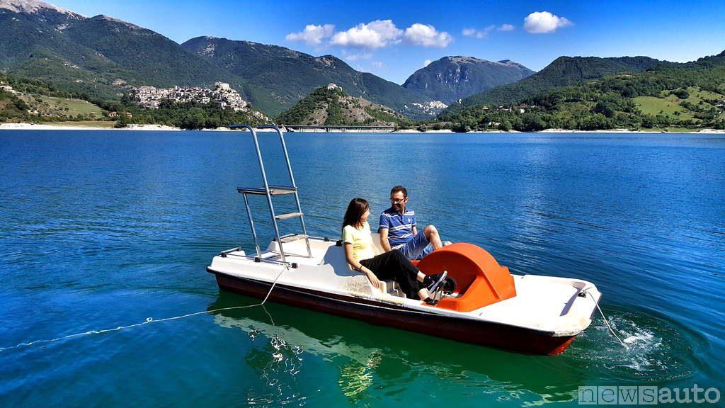 Record Pedalo sul Lago Turano