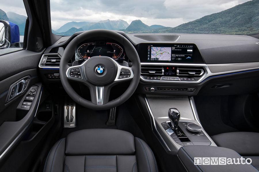 BMW_Serie 3 Berlina 2019 M Sport, plancia strumenti