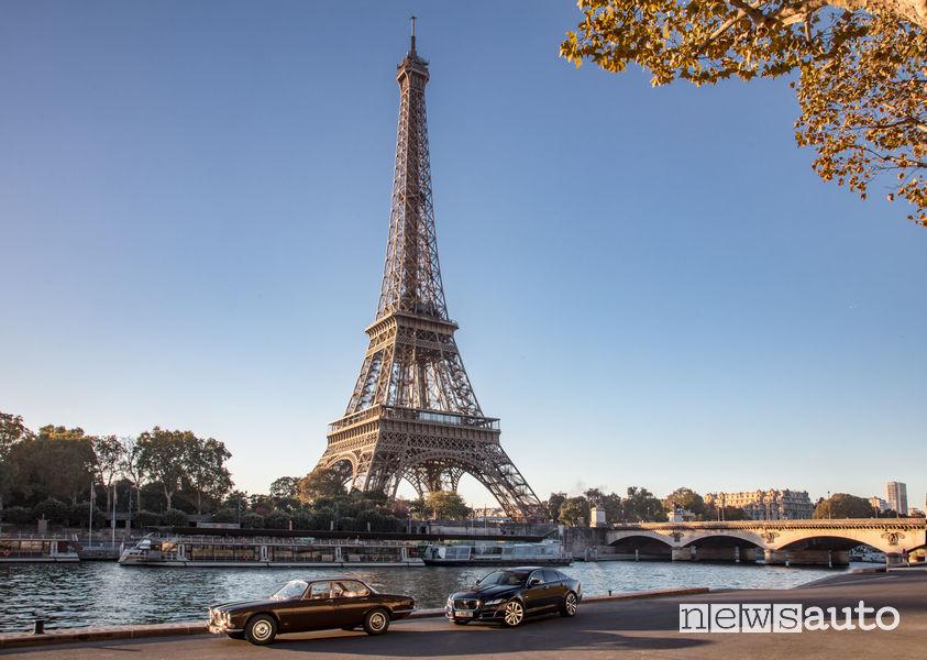 Jaguar XJ generazioni a confronto sotto la Torre Eiffel