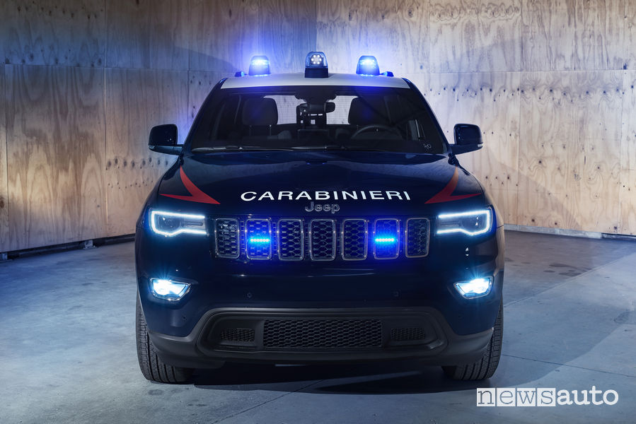 Jeep_Grand_Cherokee ai Carabinieri