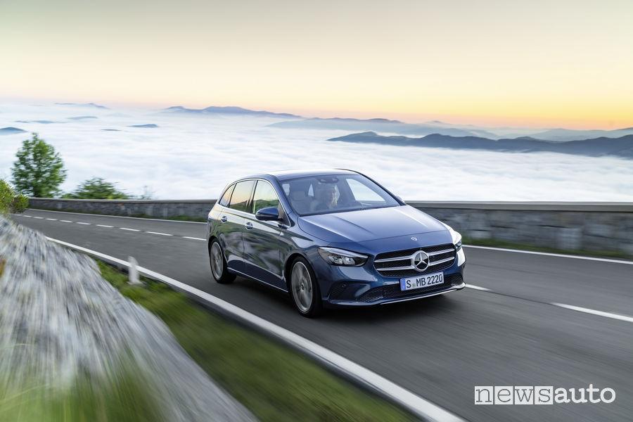Mercedes-Benz Classe B 2019 blue, vista frontale