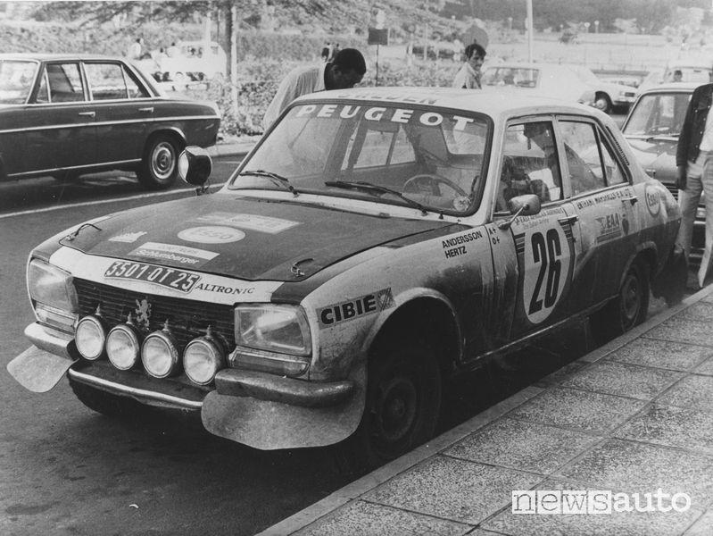 Peugeot_504 Safari Rally 1975