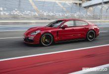 Porsche Panamera GTS Sport Turismo, vista laterale