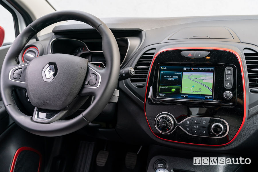 Auto diesel più vendute in italia Renault_Captur Tokyo Editon Garage Italia, navigatore