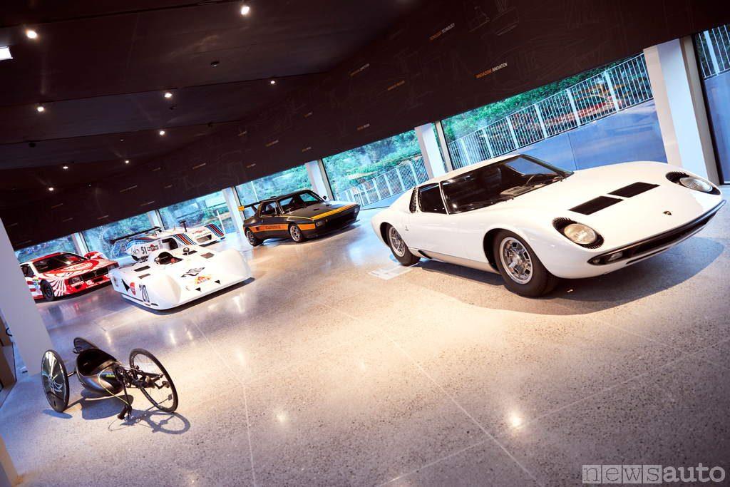 dallara-academy- esposizione auto