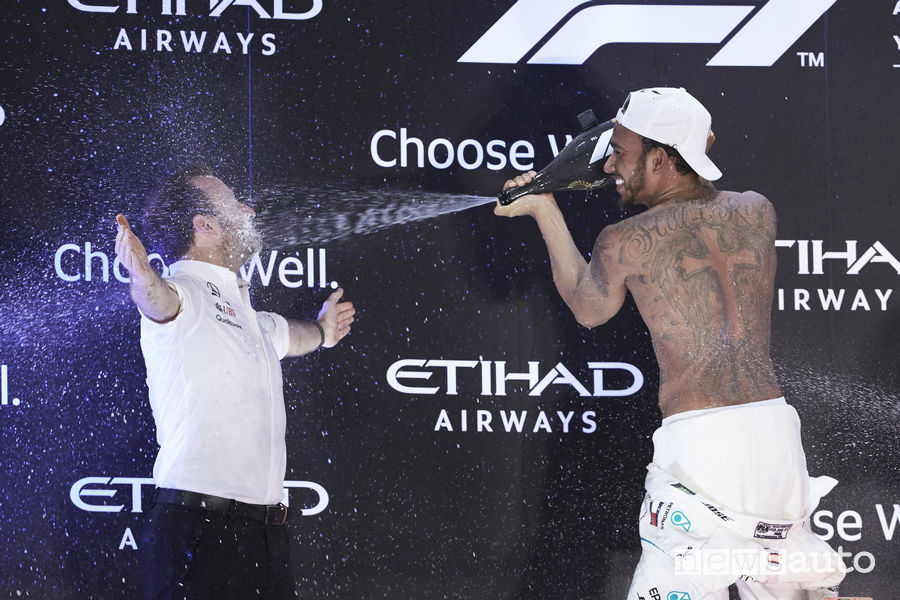 F1 2018 Gp Abu Dhabi festa del podio Lewis Hamilton