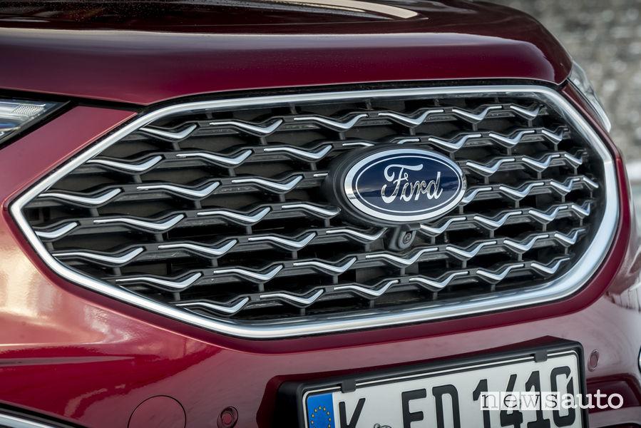 Nuovo Ford_Edge 2019 Vignale rosso, mascherina anteriore