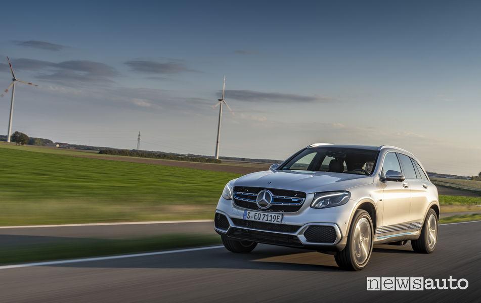 Mercedes-Benz GLC F-Cell, vista di profilo