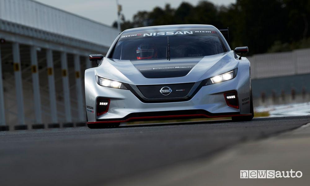 Nissan_Leaf Nismo RC da corsa, vista frontale