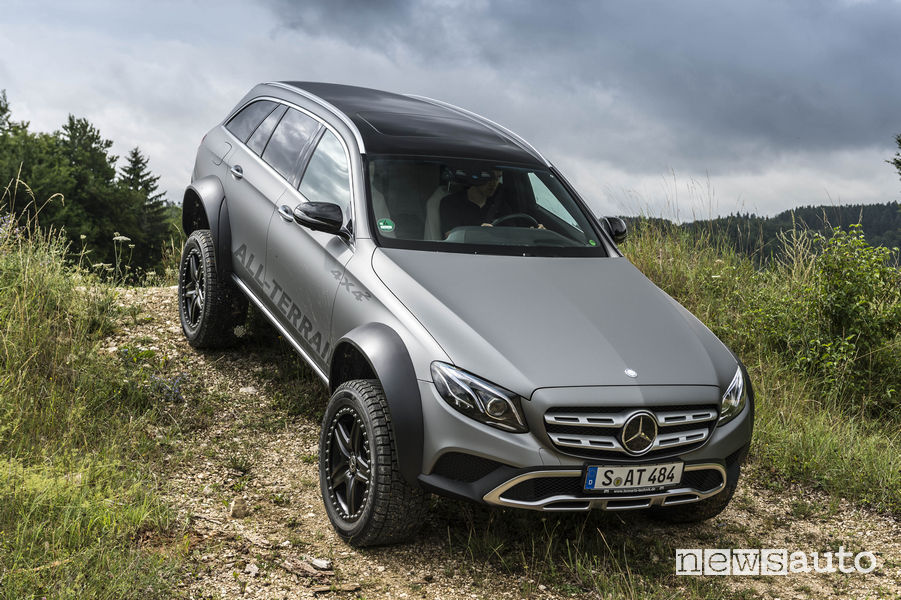 Pendenza Mercedes-Benz Classe E All-Terrain 4x4²