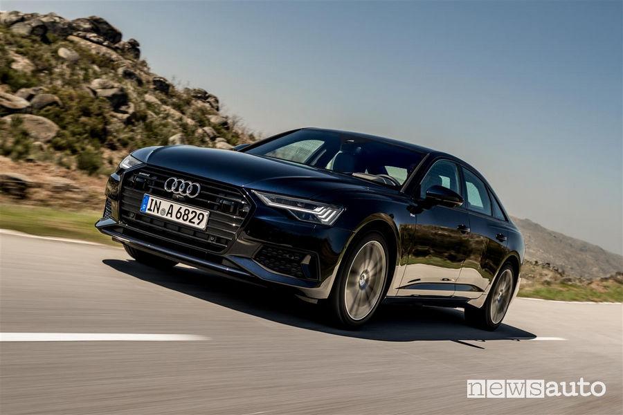 Audi A6 2019, vista di profilo