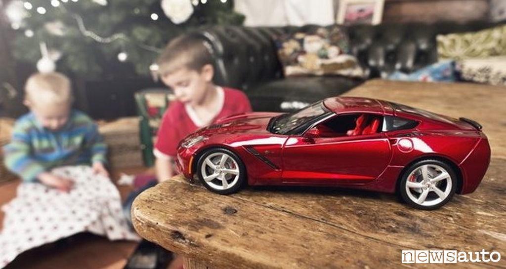 Idee regalo cosa regalare a natale ad un automobilista for Regalo tv usato