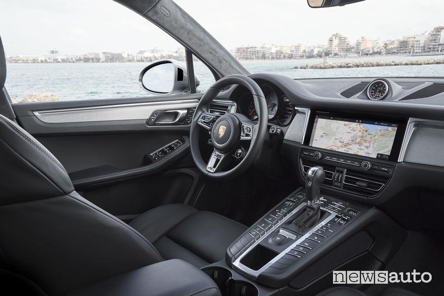 Porsche_Macan S 2019, abitacolo