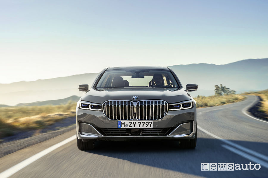 BMW Serie 7 2019, frontale