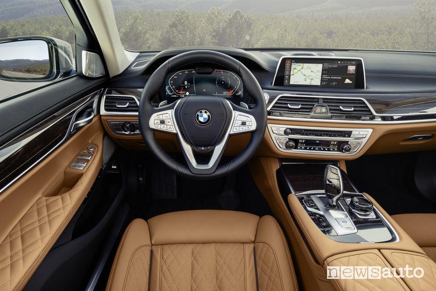 BMW Serie 7 2019, plancia strumenti