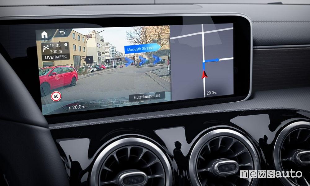 Mercedes-Benz Classe A Sport Extra, sistema MBUX realtà aumentata