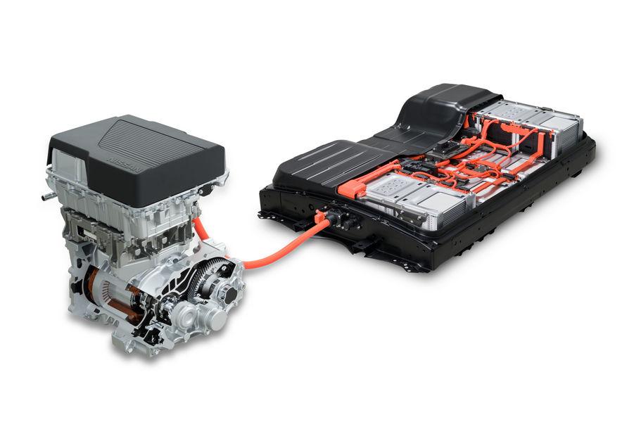 Nissan Leaf 3.Zero, motore elettrico e batteria 40 kWh