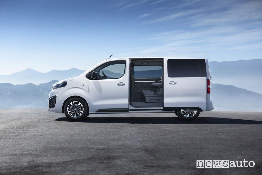 Opel Zafira Life 2019, porta scorrevole laterale