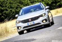 Fiat Tipo station wagon frontale in curva