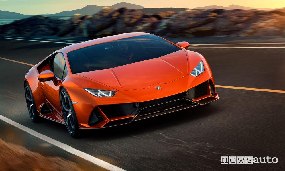 Lamborghini Huracán EVO, vista di profilo