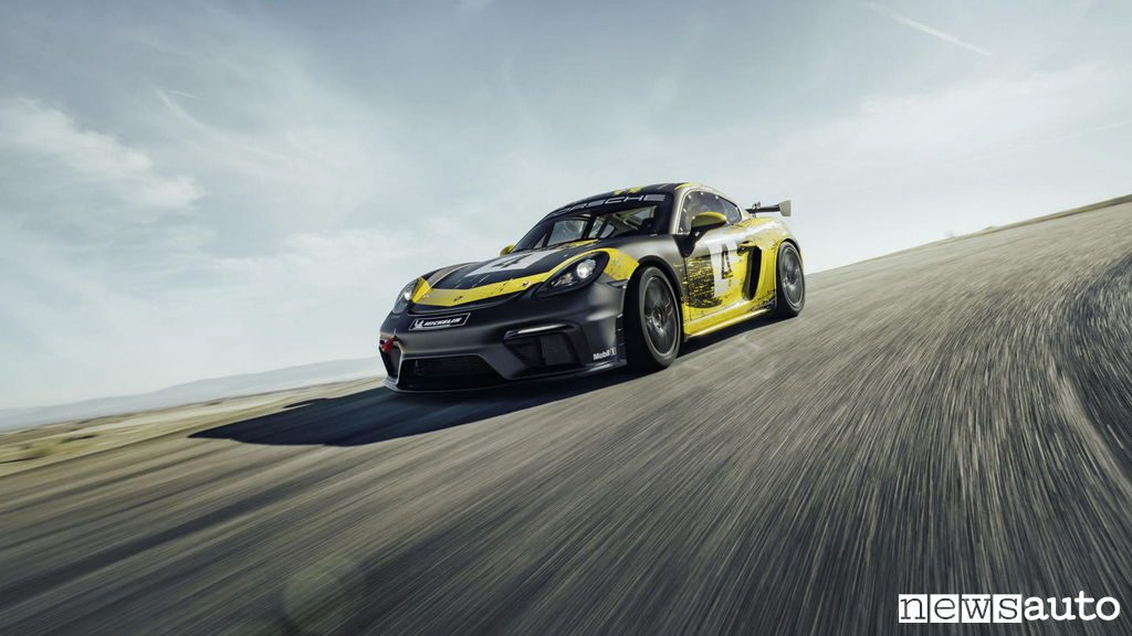 porsche 718 cayman clubsport gt4 willow springs test