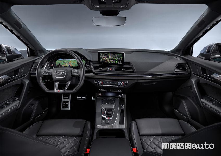 Audi SQ5 TDI, plancia strumenti