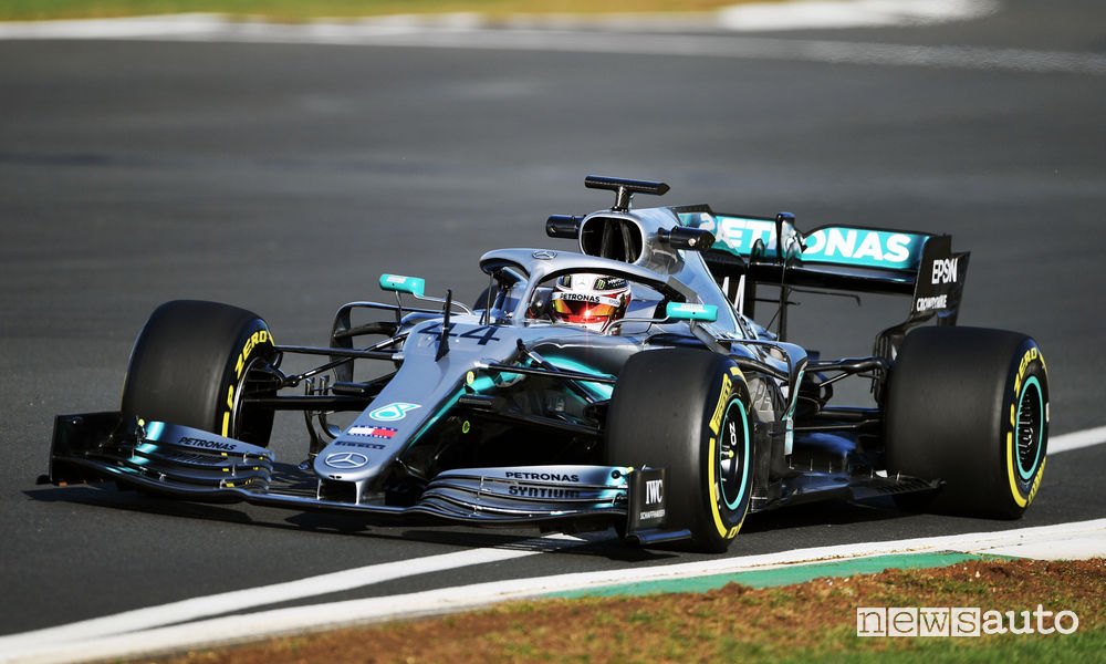Mercedes-AMG F1 W10 Lewis Hamilton