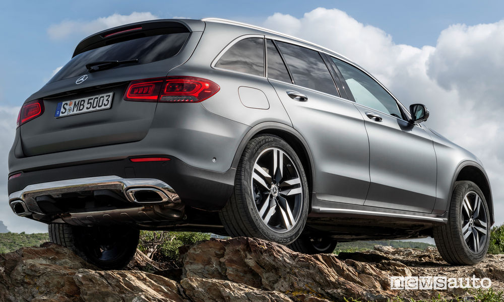 Mercedes-Benz GLC 2019 off road, vista posteriore