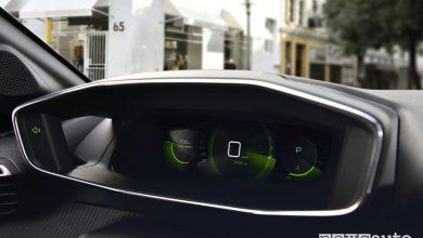 Nuova Peugeot 208, quadro strumenti 3D