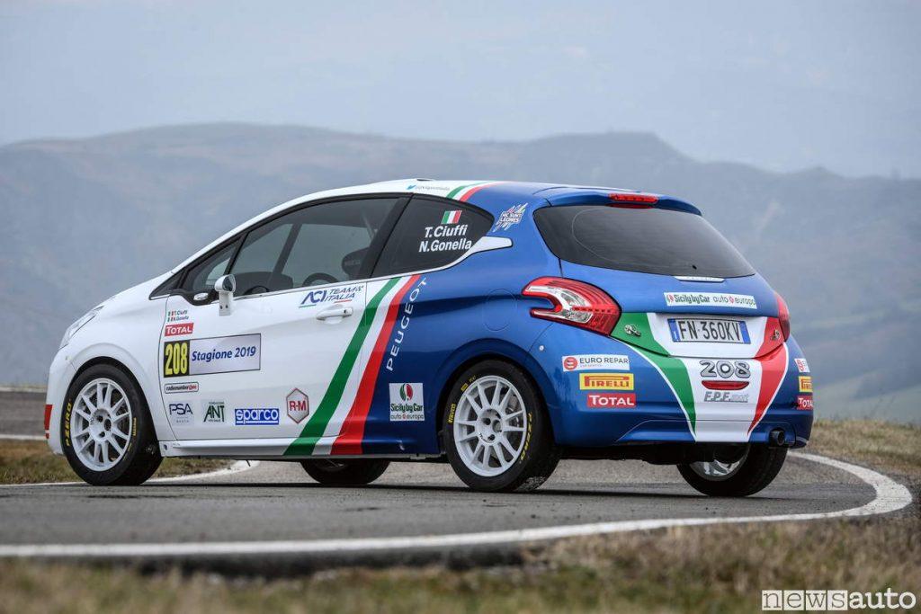 Posteriore scarico PEUGEOT 208 R2B auto ufficiale CIR Rally 2019 Peugeot Italia