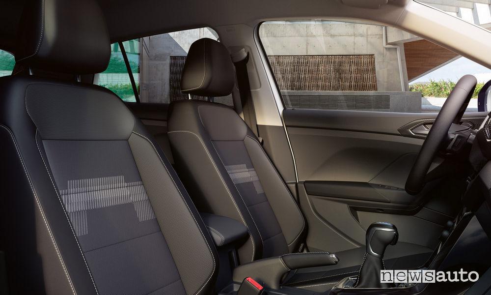 Volkswagen T-Cross First Edition, sedili anteriori