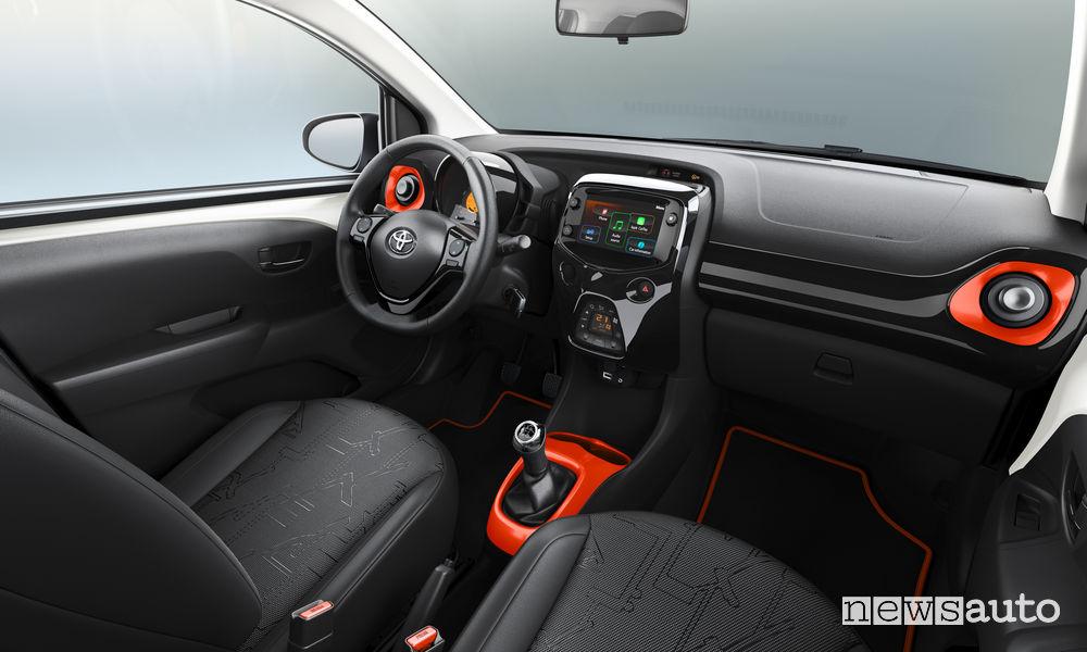 Toyota Aygo x-wave, abitacolo