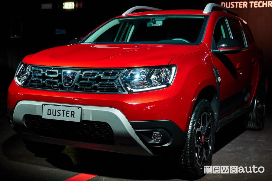 Dacia Duster Techroad, vista di profilo