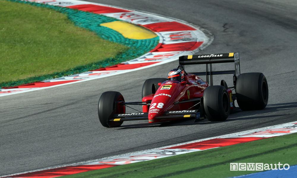 Gerard Berger sulla Ferrari F1 n° 28