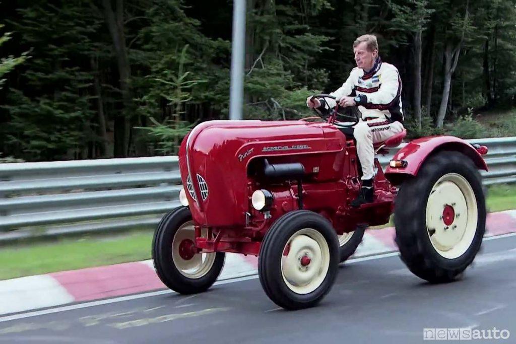 porche-tractor walter rohrl1 Ring