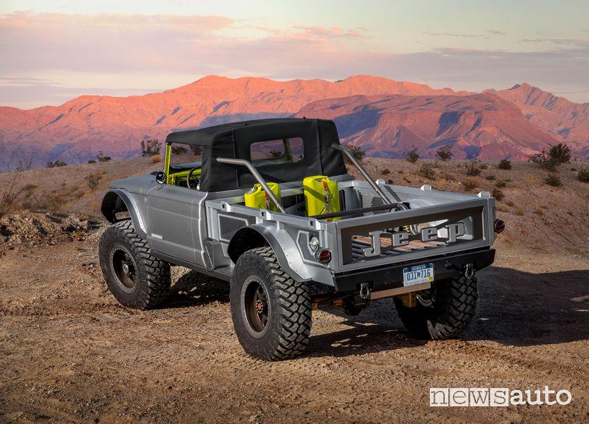 Jeep Five Quarter vista posteriore