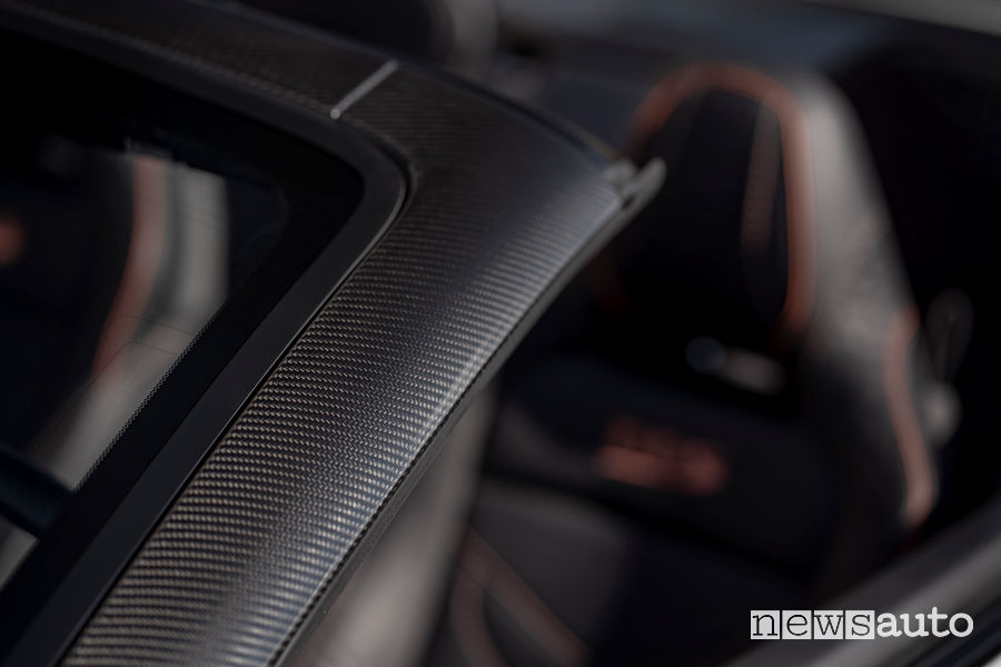 Fibra di carbonio Aston Martin DBS Superleggera Volante