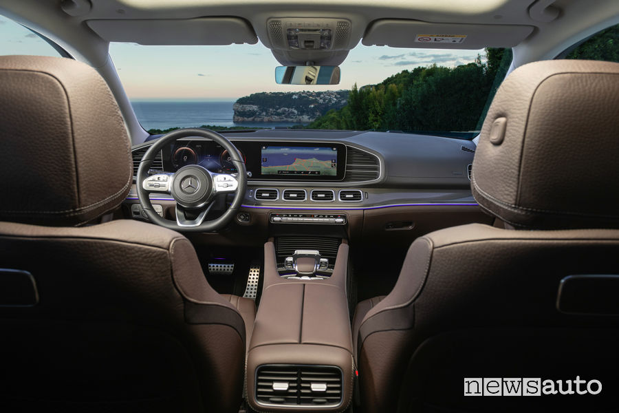 Mercedes-Benz GLS 2019 AMG Line abitacolo