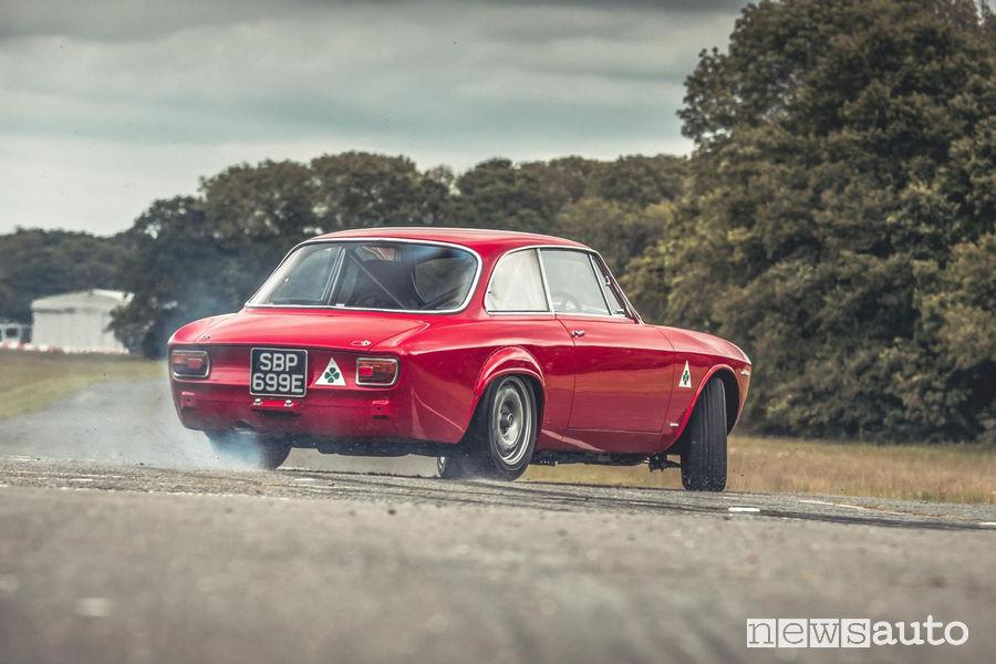 Alfa Romeo Giulia GTA-R 29 Alfaholics, auto storica sportiva