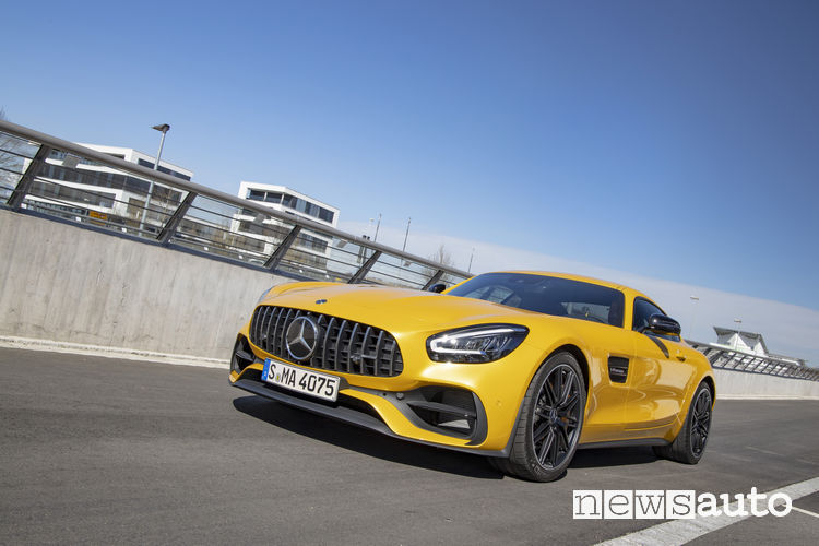 Mercedes AMG GT 2019 AMG GT S coupe