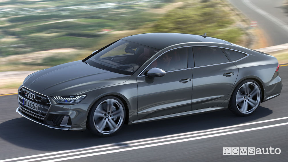Audi S7 Sportback TDI vista laterale in movimento