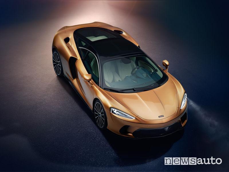 McLaren GT Gran Turismo vista di profilo
