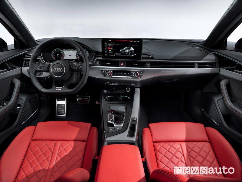 Audi A4 Avant plancia strumenti