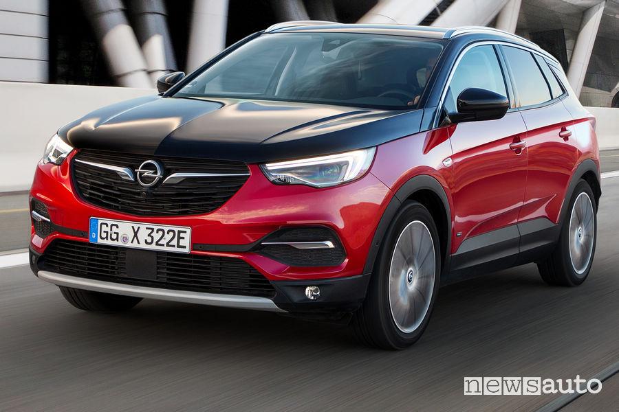 Opel Grandland X Hybrid4 al Salone di Francoforte 2019