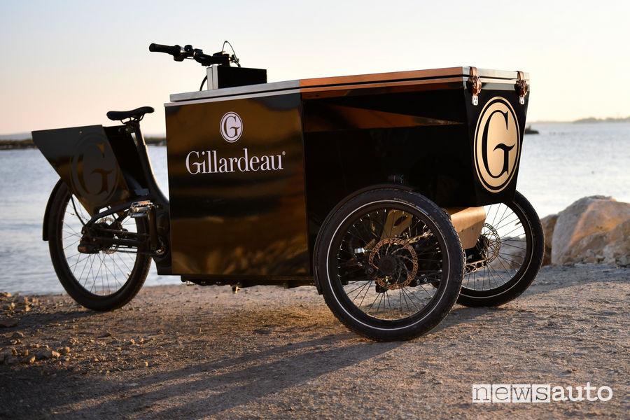 Vista di profilo Peugeot foodbike per le ostriche Gillardeau