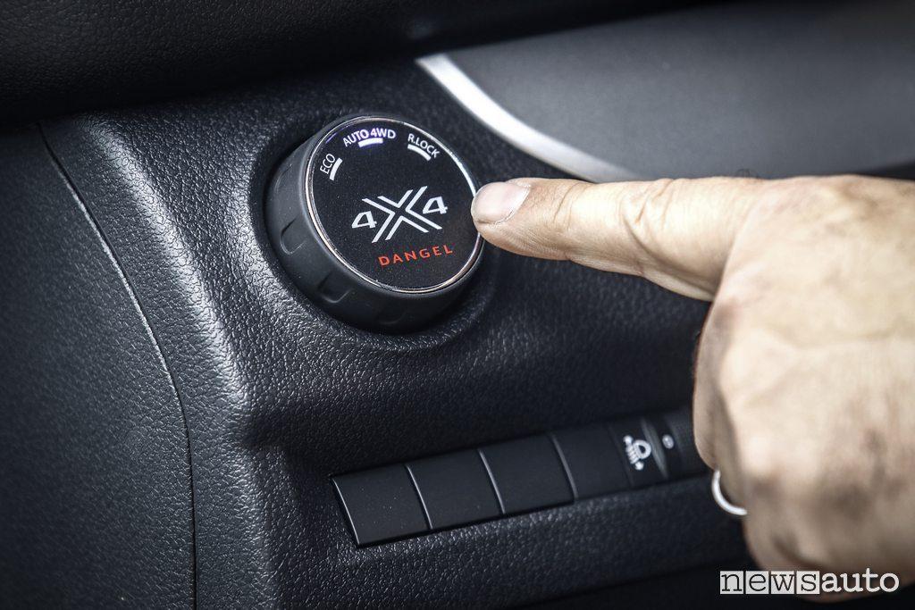 Selettore modalità guida 4x4 sul  Peugeot Traveller 4x4