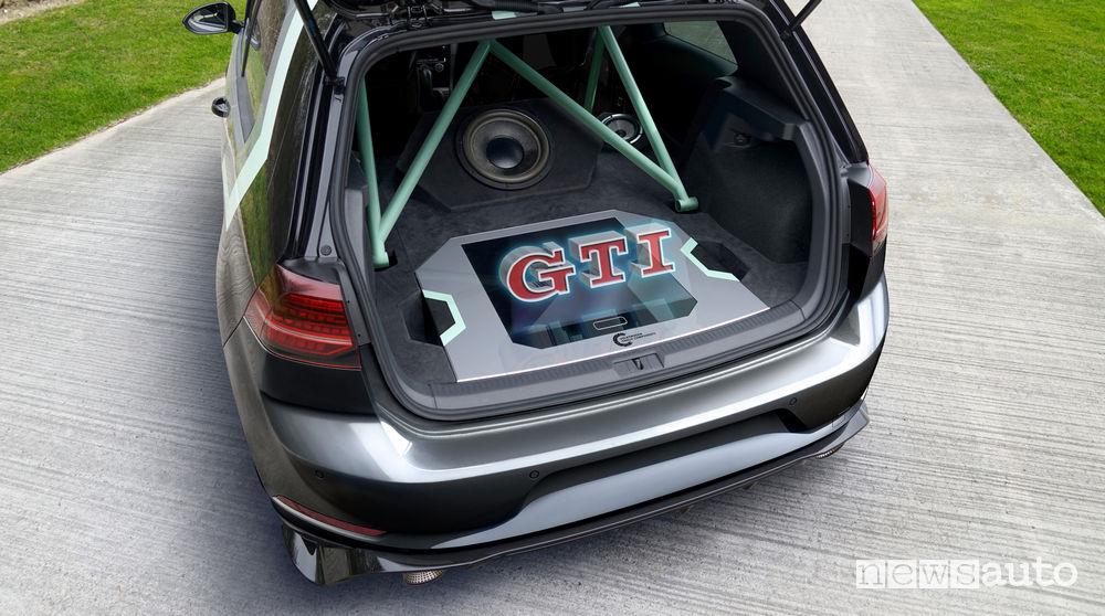 Prototipo Volkswagen GTI Aurora al Worthersee 2019 proiettore olografico